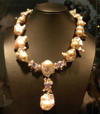 Natural Color Freshwater Baroque Pearl Necklace set in 18k Rose Gold